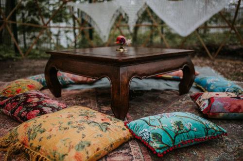 Opium Tisch mieten