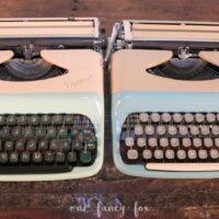 Vintage Schreibmaschine mieten bei One Fancy Fox Verleih für Vintage und Hochzeitsdekoration