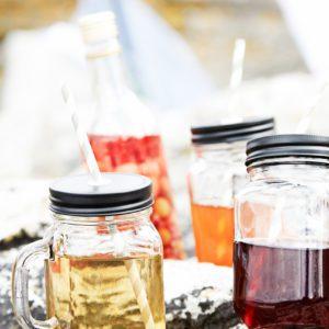 Trinkglas mit Henkel mieten