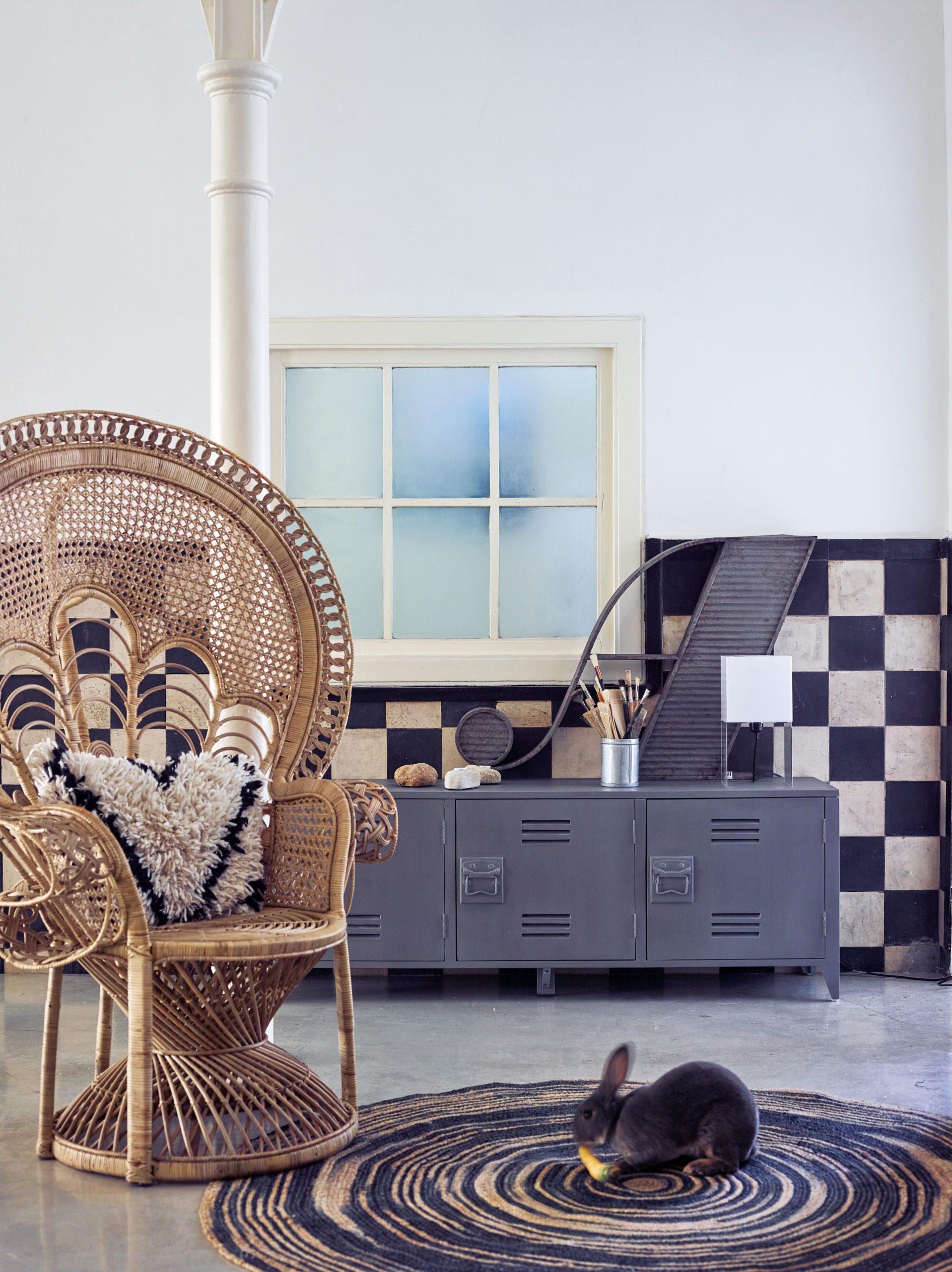 Peacock Chair Mood