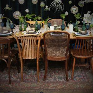 Vintage Holzstuhl leihen bei One Fancy Fox